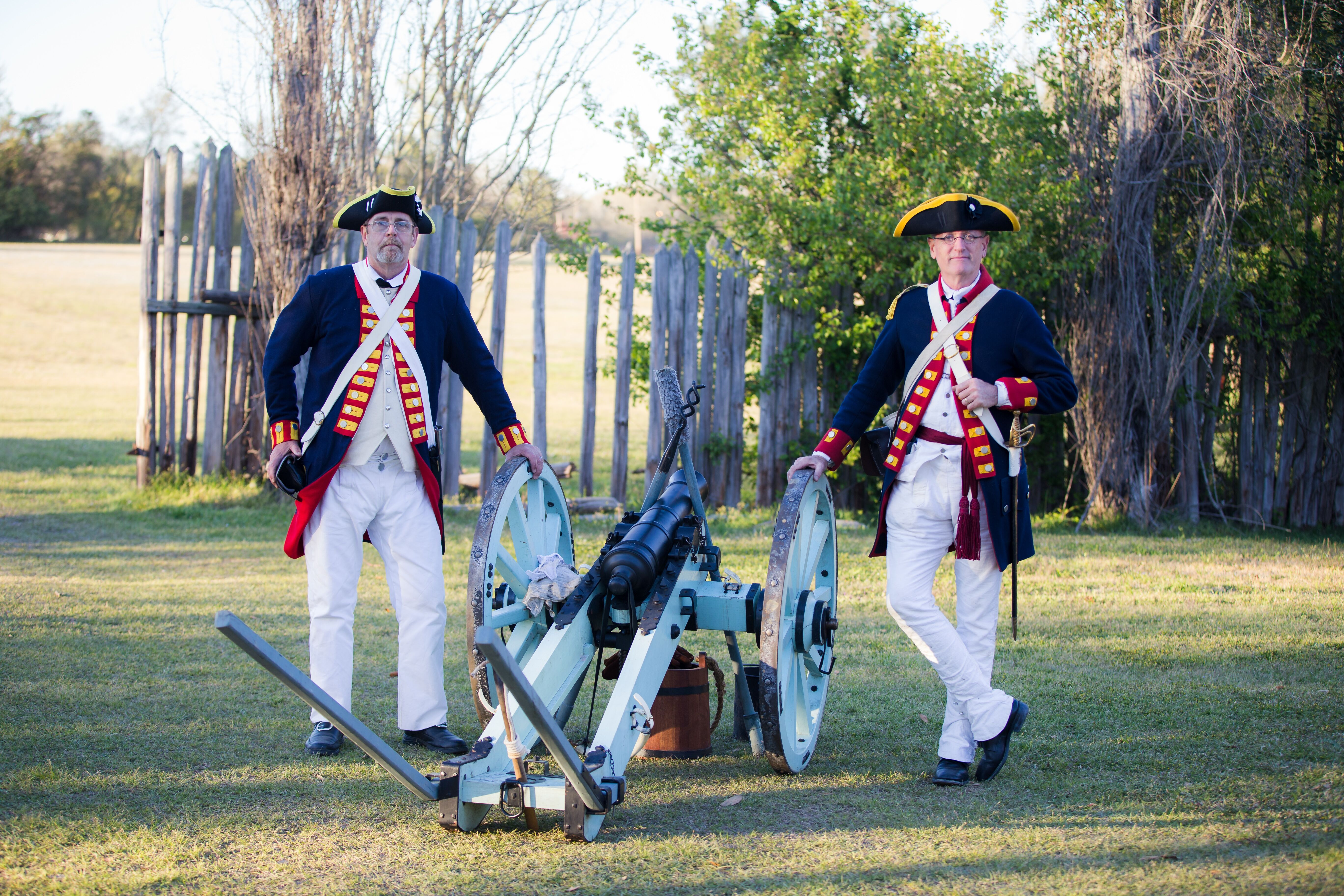 Grasshopper Cannons and Cannon Crew – Historic Camden